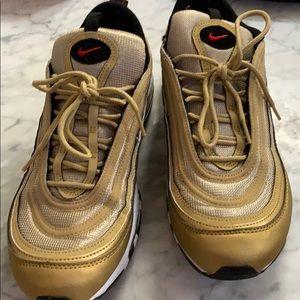 Gold air max 97